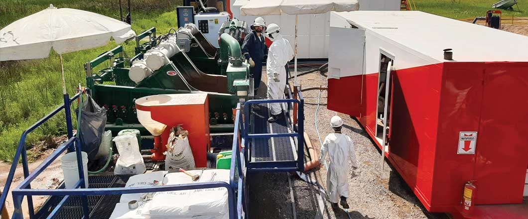 A well-known oil company in Argentina transports products from one of its refineries located in the Andes foothills to its principal markets in Buenos Aires. A pipeline stretching some 1,700 km transports the company's products to their destination. When routine inspection revealed compromised technical integrity of a pipeline section, the decision was made to replace the affected section.